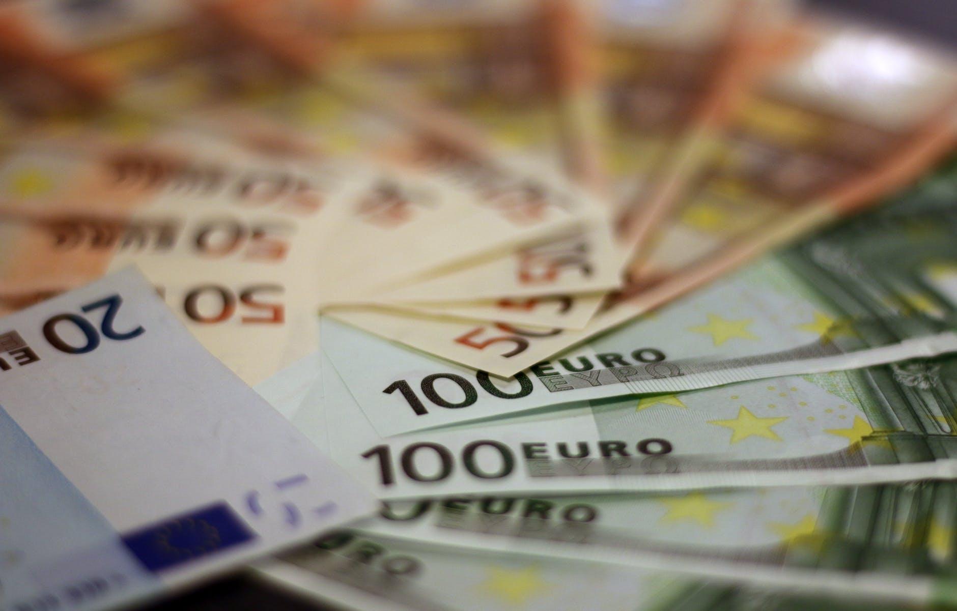 bank notes bill bills blur